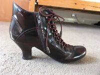 Steam Punk boots size 7 (Hush Puppies)