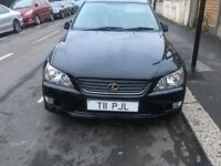 LEXUS IS200 EXCELLENT DRIVE AND CONDITION-PVT PLATE-AUTOMATIC-MOT - GOLD BADAGE BLACK