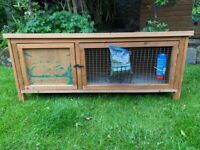 Compact 4 Foot Rabbit / Guinea Pig Hutch (can deliver) + Extras. Exc Condition