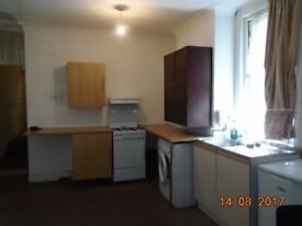 Double Bedroom with Kitchen Next to Gants Hill