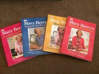 REDUCED Mary Berry Classic Collection of 4 Recipe Books in a Case