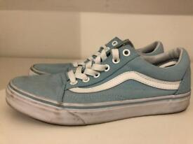Vans Old Skool Trainers in Goblin Blue and White. UK 5