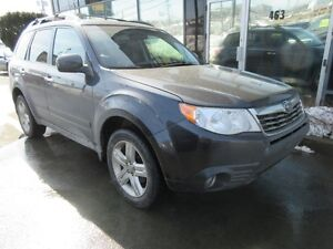2009 Subaru Forester AWD WITH LEATHER, MOONROOF & ALLOYS