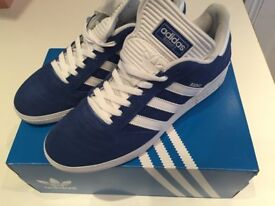 MEN ADIDAS TRAINERS GAZELLE BLUE UK 10.5 USED ONCE BARGAIN £15 OLD TOWN SWINDON