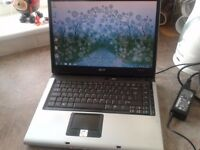 "LAPTOP ACER,DUAL CORE CPU ,15.4"";2GB RAM,WIFI+BLUTOOTH.DVDRW.WINDOWS 7/OFFICE 2010,CASE,CHARGER"