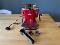 Delonghi Coffee Machine - Red