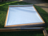 GGL8 VELUX DKL BLACKOUT ROLLER BLIND. LIGHT GREY. With fittings + instructions. EX. COND.