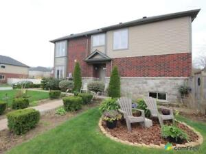 $519,900 - Townhouse for sale in Grimsby
