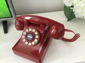 Red Push Button Telephone Good Con but missing lead to socket