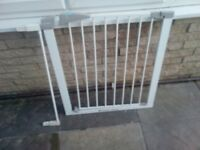 Lindam stair gate and extension