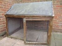 Rabbit/guinea pig/chicken run - 1 door & 1 solid side. FREE to collect