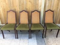 4 Set Chairs