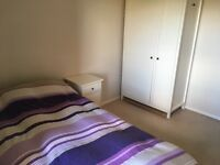 Single bedroom with balcony. Folly Bridge. Available as of August. £650 + bills.