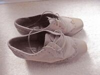 Ladies Orthopedic shoes Size 5EEEE, suede and leather, beige