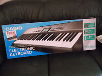 Casio CTK-1300 keyboard, full size keys