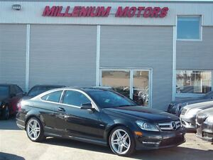 2012 Mercedes-Benz C-Class COUPE C350 4MATIC AMG/ SUNROOF/ ONLY