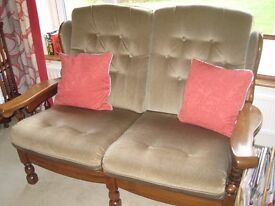 4 piece suite A 2 and 3 seater settee and 2 chairs, green dralon wood frame good condition. offers?