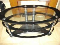 Oval tv table