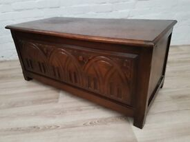 Vintage Blanket Box (DELIVERY AVAILABLE FOR THIS ITEM OF FURNITURE)