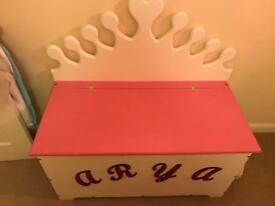 Wooden Children's Toy Box Christmas Large Gift Solid Wood Pink Princess Crown