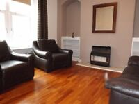 CLOSE TO UNIVERSITY / TOWN CENTRE, DOUBLE ROOM IN QUIET 2 BEDROOM FLAT, FURNISHED TO A HIGH STANDARD