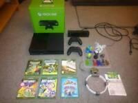 Xbox one 500gb, literally unused, two controllers, kinect, 6 games - Skylanders
