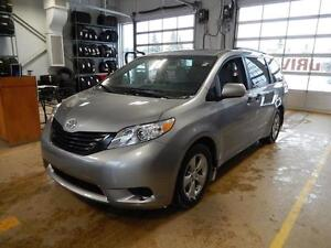 2017 Toyota Sienna Base Reliable people mover.