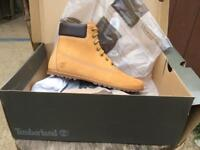 Genuine Timberland Boots Size 7.5 Brand New in Box £90