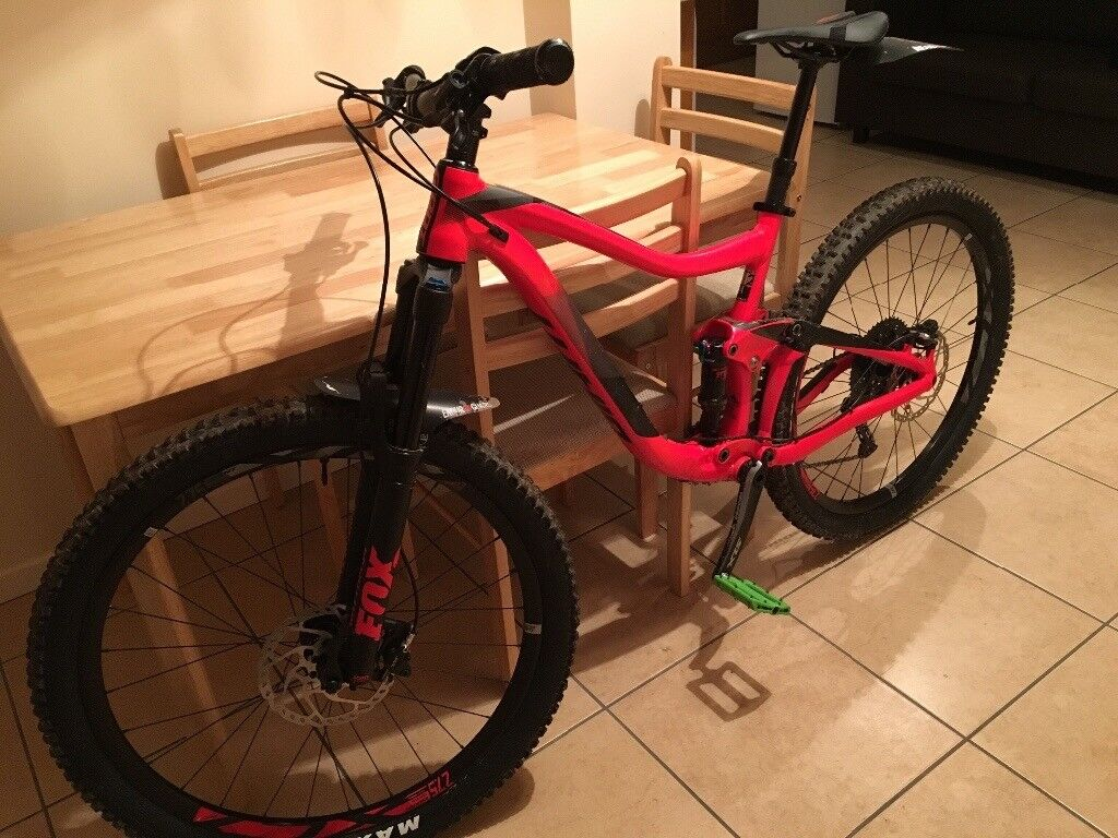 219deace02f 2018 giant trance 2 Medium neon red mountain bike 27.5 full suspension +  extras