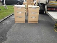 2 beechwood 3 drawer bedside lockers £20 each