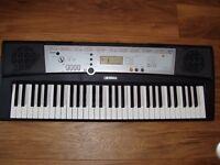 Yamaha YPT- 200 Keyboard