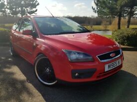 Ford Focus ST Bodykit 1.6 115 Zetec Climate Hatchback 3dr 1596cc Alloys Recaro Leather Seats