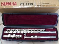 Yamaha YFL 211 Sii Flute in silver plate. The YFL 211 Sii features the same high-grade design.