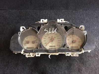 MERCEDES-BENZ SLK R170 / Tacho Kombiinstrument Speedo / A 1705401511