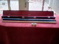 PRO ONE BCE CUSTOM SNOOKER CUE AND HARD CASE
