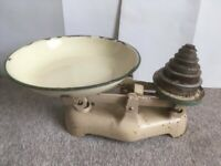 Vintage Kitchen Scales And Weights (oz's) Circa 1950's + full set of weights