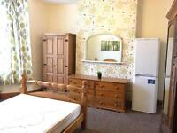 Double Rooms and Double with En-suites