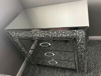 Crushed diamond chest draw