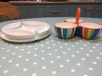 2 serving dishes platters