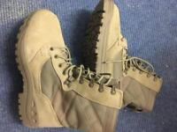 Military issue desert Suede magnum boots