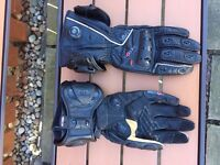 Knox Motorcycle Gloves. Size XL.