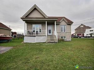 214 500$ - Bungalow à vendre à Beauharnois (Melocheville) West Island Greater Montréal image 1