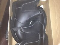 Bn steel toe work boots size 12