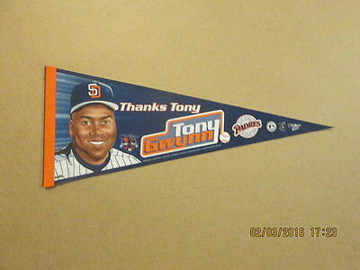 MLB San Diego Padres Vintage 2001 Tony Gwynn Photo Pennant