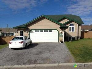 $430,000 - Bungalow for sale in Edson