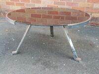 VINTAGE 70S TRI LEG CHROME FRAMED BLACK GLASS TOP DESIGNER COFFEE TABLE MODERNIST RETRO HOME DECOR