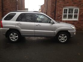 """""""VERY LOW MILES"""" 12 months mot 1owner from new full main dealer service history very clean car"""