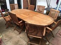 Wooden extending garden table with 8 chairs(Hartman garden furniture)