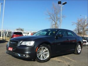 2016 Chrysler 300 TOURING**LEATHER**SUNROOF**NAV**BACK UP CAM**