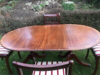 Set of 4 Solid Wood Mahogany Dining Table and Chairs
